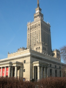 Der Kulturpalast - Wahrzeichen von Warschau und am meisten geliebtes oder gehasstes Gebäude der Stadt.