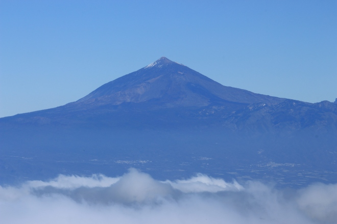Der Teide kann man bei klarer Sicht sogar von der Nachbarinsel La Gomera aus erkennen.