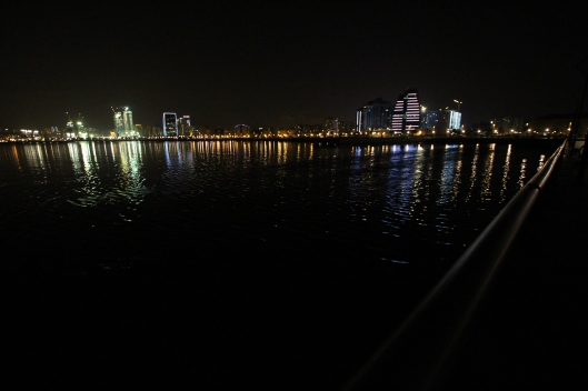 Baku by night darf in keinem Reiseprogramm fehlen.